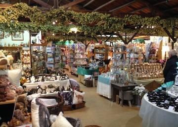 Hop Pocket Gift Shop Interior 01