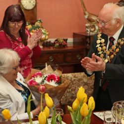 Guild of Guides celebration - Mayor presenting flowers
