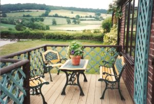 Longwood Cottage sundeck