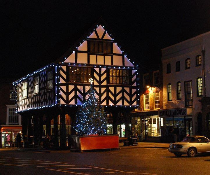 Ledbury Christmas Lights Switch On