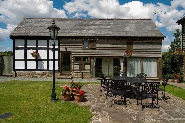 Luntley Court Farm Cottages