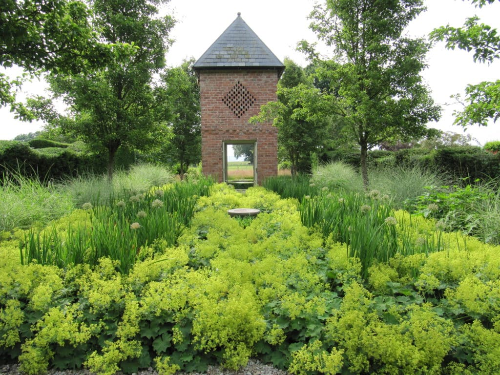 Rhodds Farm Garden
