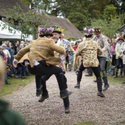 leominster morris dancers dancing