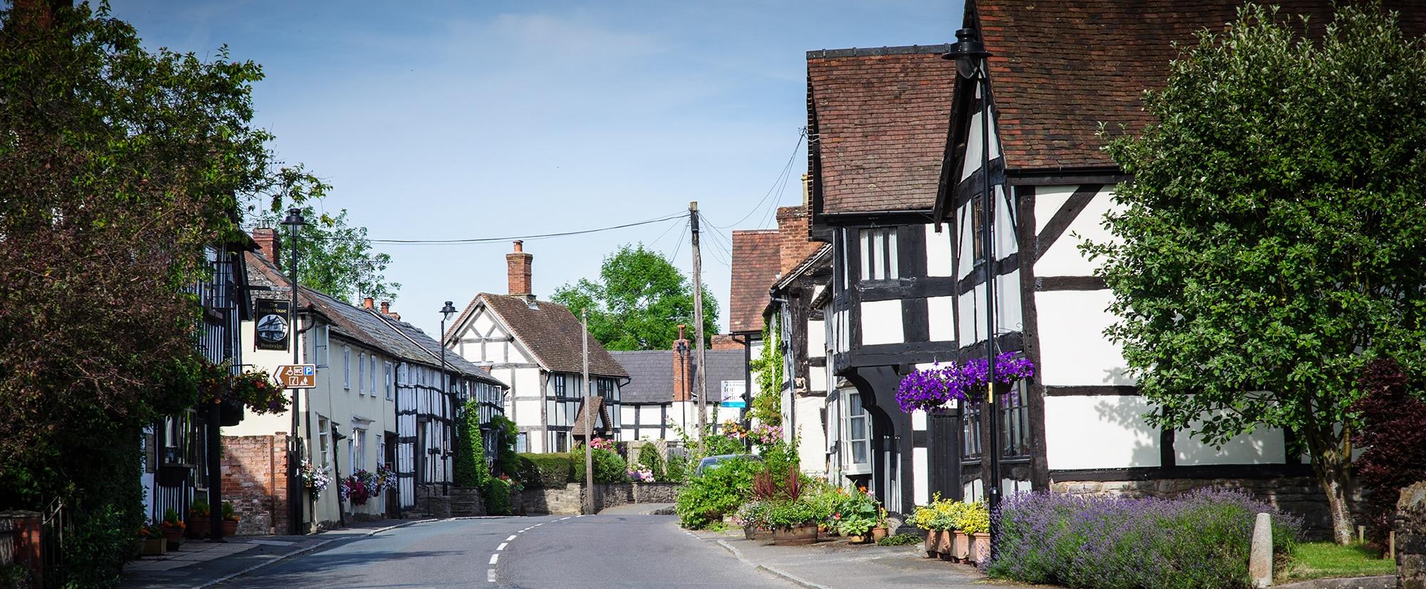 Pembridge Village