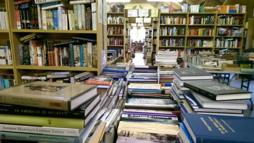 booksUpstairs440pxW