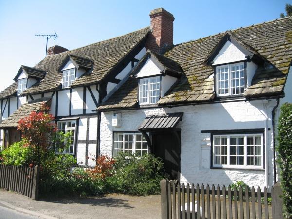Herefordshire Black & White Villages - Olde worlde facades, Eardisley
